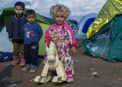 naomi-thessaloniki_idomeni_refugees_camp-33